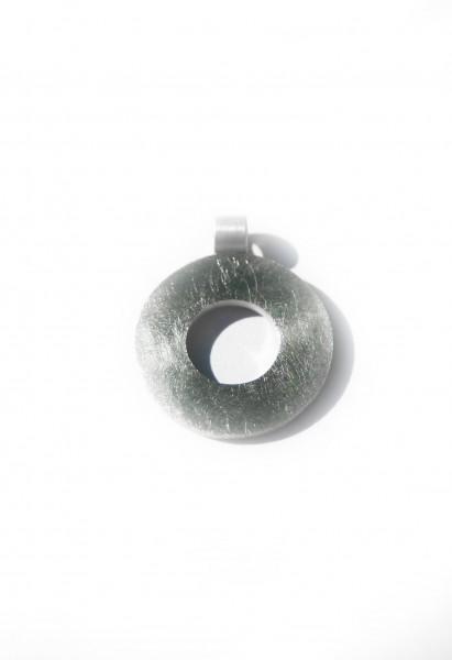 Kreisanhänger Durchbruch - runder Silberanhänger mit Loch