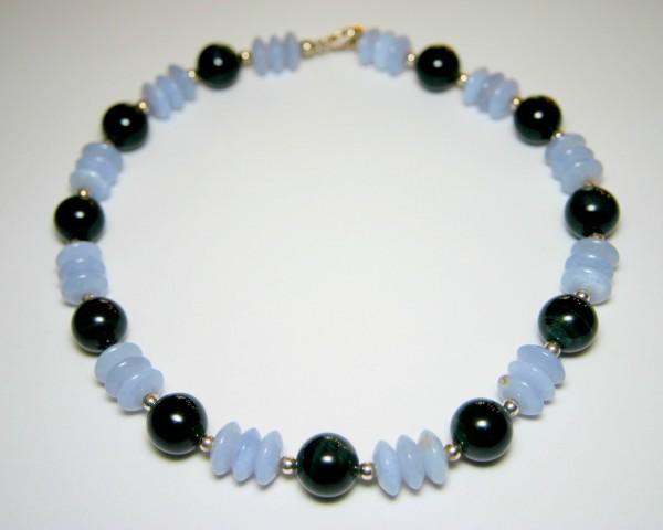 Falkenauge-Calzedon-Collier - schwarz/blaue Steinkette