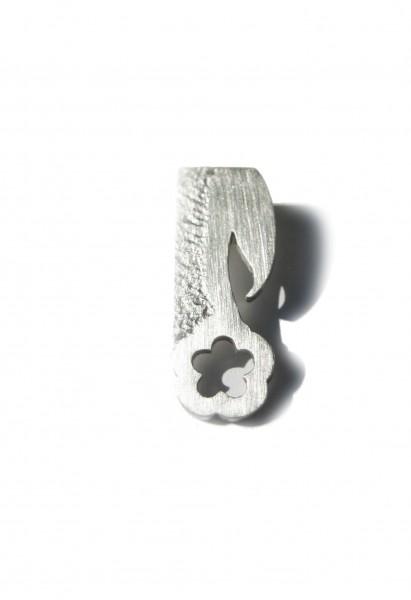 Blütenanhänger - Silberanhänger mit durchbrochener Blüte