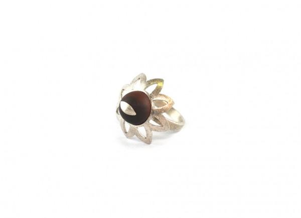 Tigeraugen-Blüten-Ring - matte Tigeraugenkugel in Silberblüte Peridot